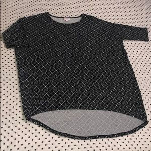 LuLaRoe Irma black & white all over geometric top